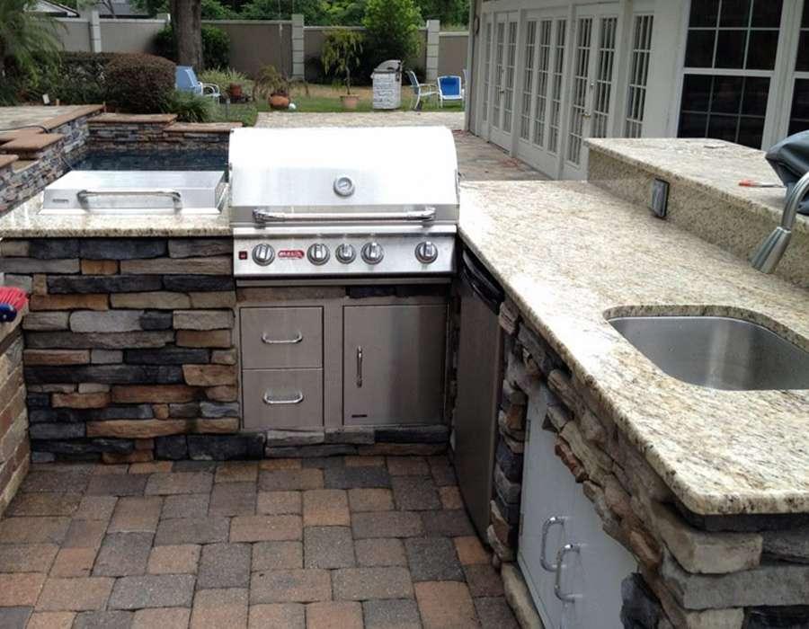 Outdoor kitchen builder in Orlando
